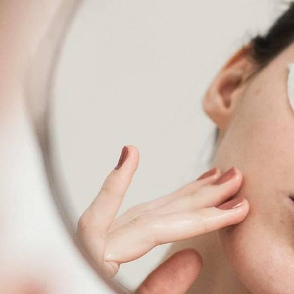 Jak pozbyć się blizn po trądziku | Jak usunąć blizny po trądziku i nieestetyczne przebarwienia skóry? - La Roche-Posay