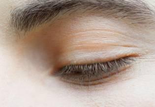 Ręka ilustracja Pielęgnacja skóry jak się pozbyć 1 | La Roche Posay