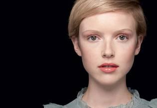Wrażliwa Najlepszy makijaż dla skóry wrażliwej | La Roche Posay 1